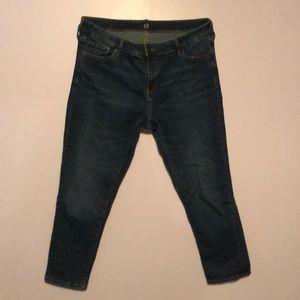 GAP girlfriend cut jeans